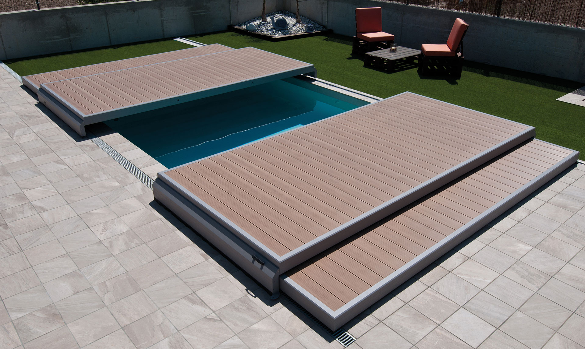 Abri terrasse de piscine en kit intelligent deckwell for Terrasse mobile piscine prix