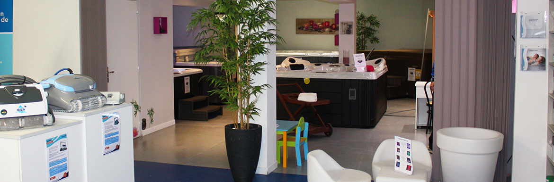 magasin mat riel piscine et spa b ziers aquapolis. Black Bedroom Furniture Sets. Home Design Ideas