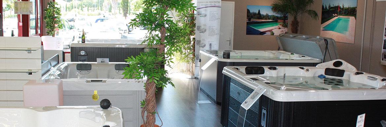 magasin mat riel piscine et spa perpignan sud aquapolis. Black Bedroom Furniture Sets. Home Design Ideas