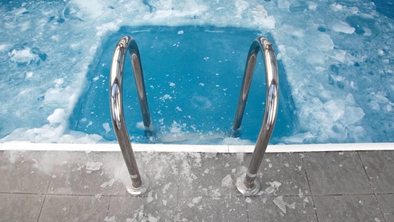 Comment protéger sa piscine du gel
