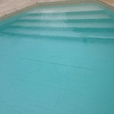 Comment enlever les plis sur un liner de piscine ?